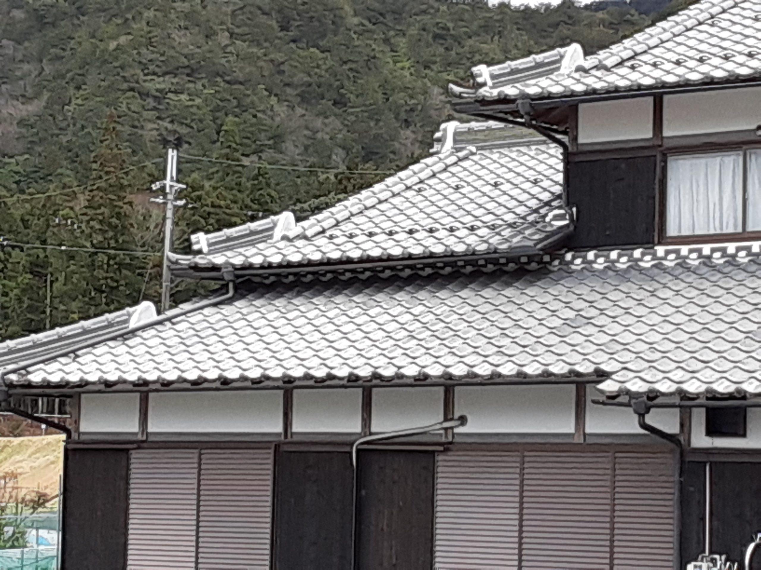 柏原屋根工事